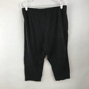 Nike Shorts - Nike cropped joggers